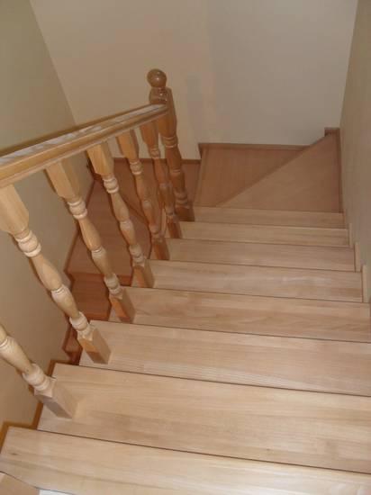 Деревянная лестница прямая из дуба, ЛС-006