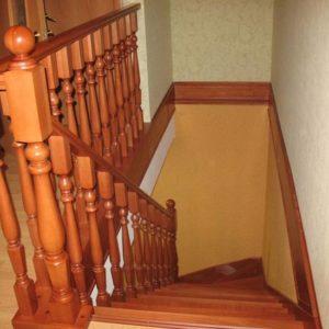 Деревянная винтовая лестница из дуба, ЛС-031