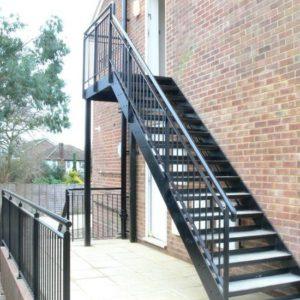 Металлическая наружная лестница, ЛС-116