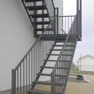Металлическая П-образная пожарная лестница, ЛС-123