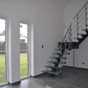 Стеклянная Г-образная лестница на второй этаж, ЛС-134
